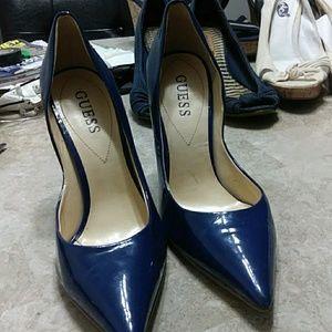 Shinny leather newish high heels
